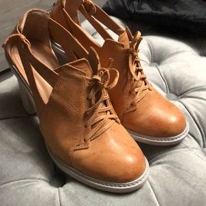 Anthropologie Schuler and sons leather heels